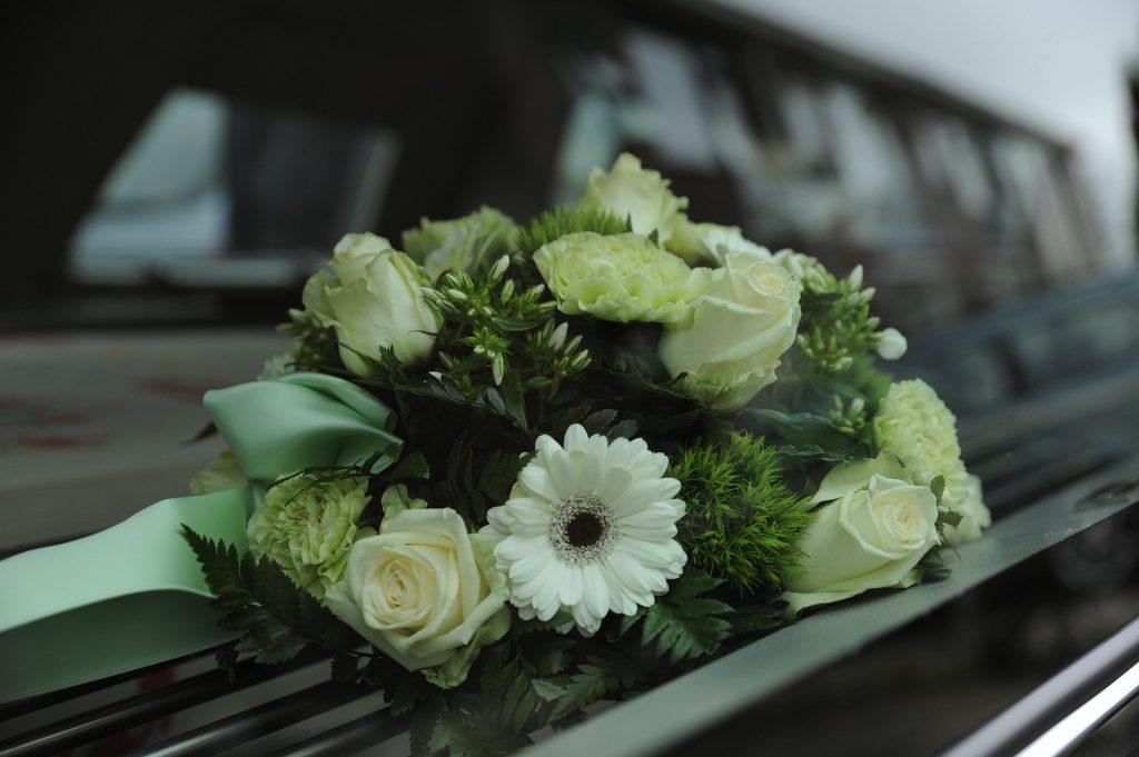 Paquetes de servicios funerarios